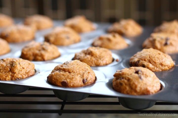 Mini Pumpkin-Chocolate Chip Muffins