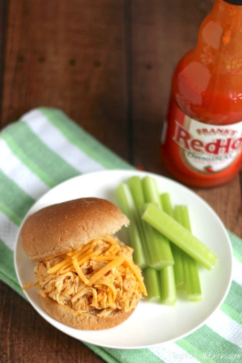 Healthy Crock-Pot Buffalo Chicken Sandwiches quick appetizer recipes