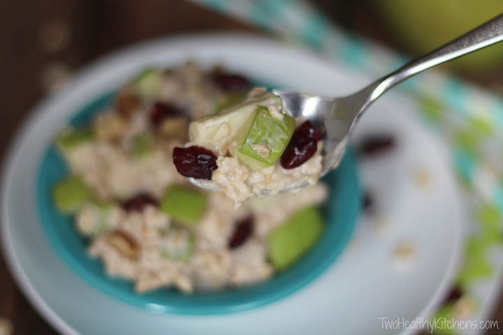 10-Minute, No-Cook Overnight Oats with Apples, Cranberries and Cinnamon Recipe {www.TwoHealthyKitchens.com}