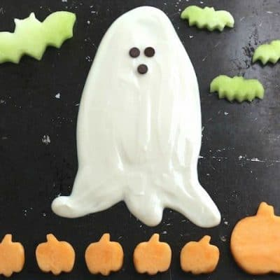 Ghostly Halloween Fruit Dip