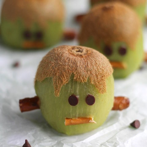 Frankenstein Kiwis (Healthy Halloween Treats)