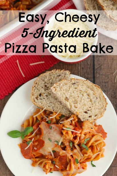 Easy, Cheesy 5-Ingredient Pizza Pasta Bake Recipe {www.TwoHealthyKitchens.com}