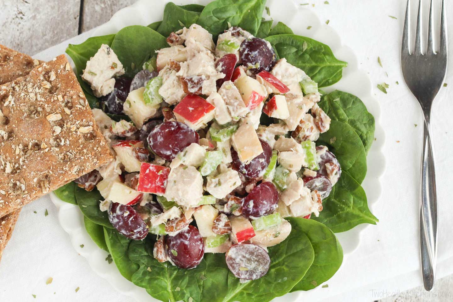 Looking for a gluten free chicken salad recipe? Serve this up on a bed of crisp lettuce! Our chicken salad with grapes recipe is gluten free … just be sure if you're serving it with crackers that they're gluten free, too!