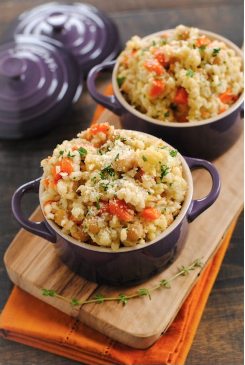 Wildly popular vegetarian meals that are perfect for Meatless Monday … or any day! Easy vegetarian recipes that'll even keep meat-lovers happy! Perfect for the whole family!   www.TwoHealthyKitchens.com