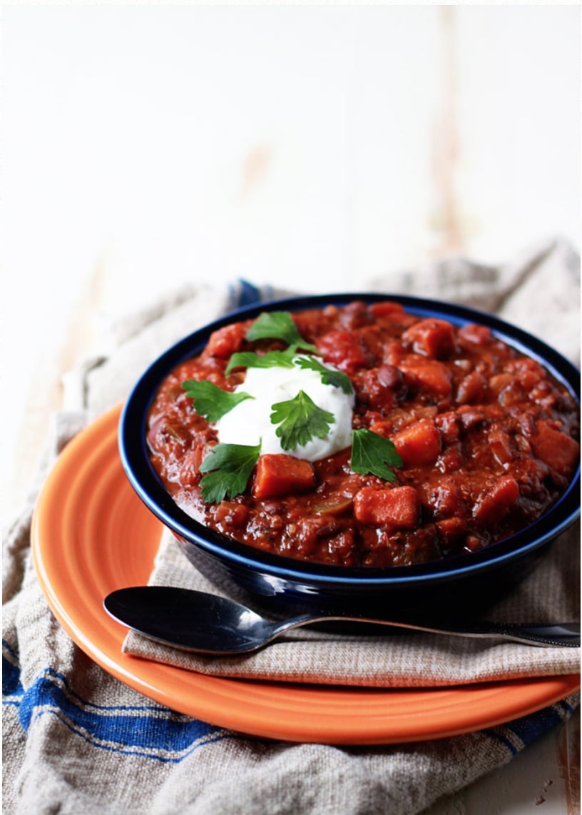 Big flavors and nourishing ingredients - perfect comfort food! These all-time most popular chili and soup recipes are bloggers' best – and such easy dinner recipes for fall and winter! From vegetarian and vegan recipes (great for Meatless Monday), to classics like turkey chili and chicken tortilla soup! Even some slow cooker crockpot recipes! Yummy, healthy recipes your whole family will love! These soup and chili recipes prove that comfort food can be healthy, too! | www.TwoHealthyKitchens.com
