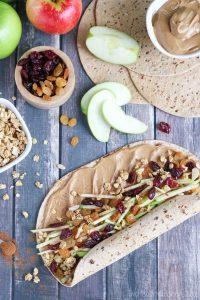 Apple-Peanut-Butter-Sandwich-Wraps-vert-Wrapping-wr