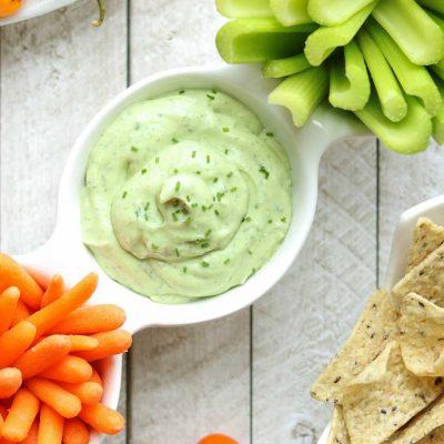 5-Minute Avocado Ranch Dip with Greek Yogurt