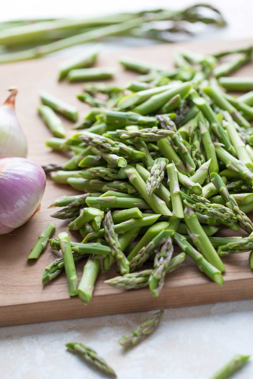 Beautiful, vibrantly fresh asparagus is the superstar of this one pot meal.
