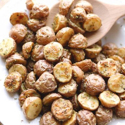 Easy Rosemary Roasted Potatoes