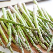 How to Buy Asparagus at Its Very Best